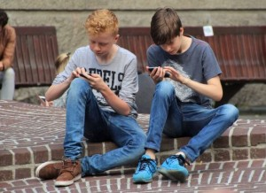 Boys-on-phones-Proactive-Parenting-post